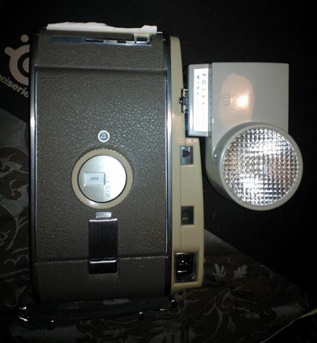 5. Vintage Polaroid 800 Instant Roll Film Land Camera