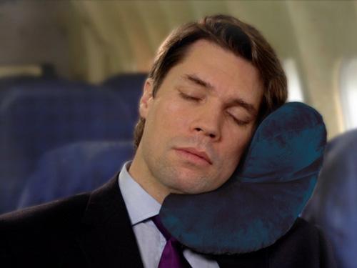 2. J Pillow, Travel Pillow