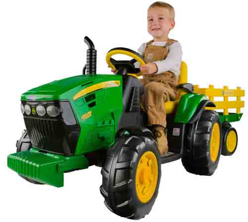 #2. Peg Perego John Deere Ground Force Tractor with Trailer