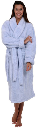 #1. Del Rossa Women's Super Plush Microfiber Fleece Bathrobe, Most Comfortable Robes in 2020 Reviews