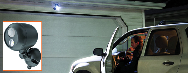 Mr-Beams-MB360-Wireless-LED-Spotlight-with-Motion-Sensor