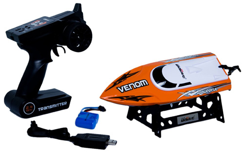 #1. Udirc Venom 2.4GHz High Speed Remote Control Electric Boat