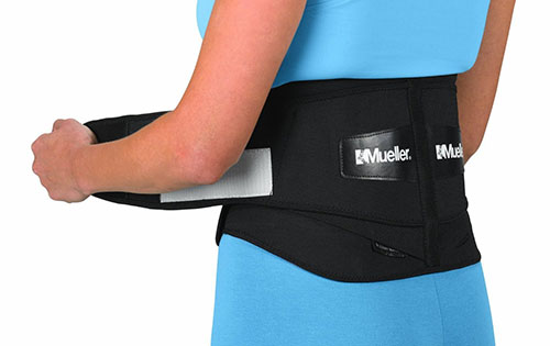 3. MUELLER Lumbar Back Brace With Removable