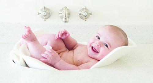 5. Puj Tub - The Soft, Foldable Baby Bath Tub