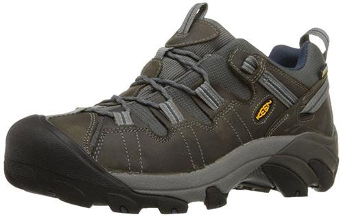 2. KEEN Men's Targhee II Hiking Shoe